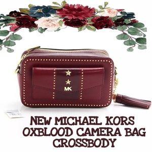 MICHAEL KORS CROSSBODY Camera Bag Ox blood